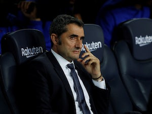 Abidal insists Barcelona fully back Valverde