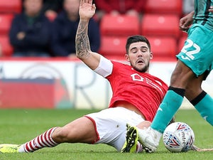 Mowatt earns point as Barnsley drop to bottom of table