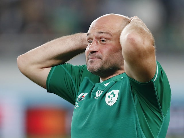 Tearful Rory Best thanks