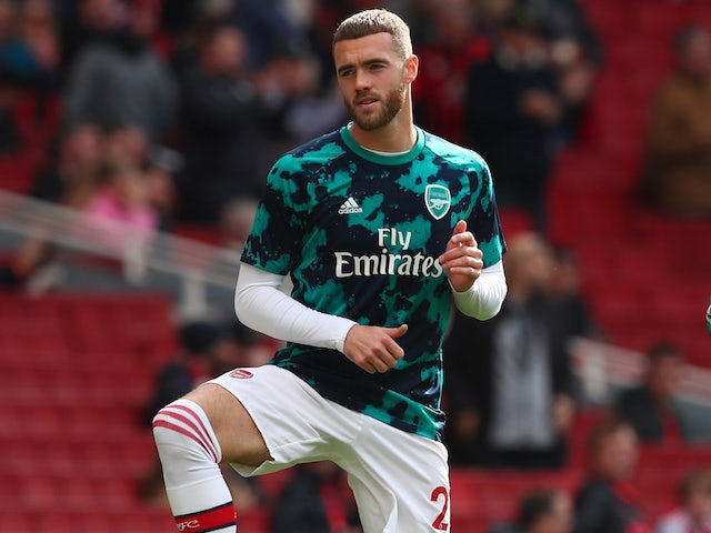 Report: Arsenal open to Calum Chambers exit