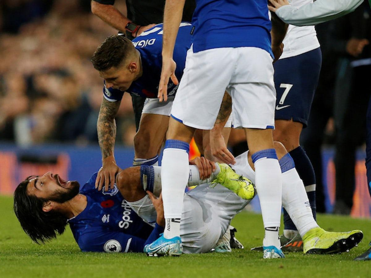 Result: Andre Gomes horror injury mars Everton draw with Tottenham - Sports  Mole