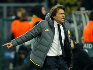 Report: Conte treated for irregular heartbeat