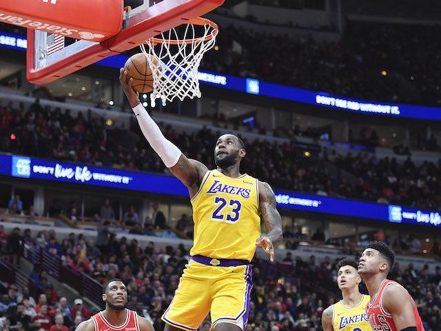NBA roundup: LeBron James leads Lakers comeback against Bulls