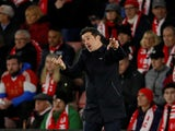 Everton manager Marco Silva gives instructions on November 9, 2019