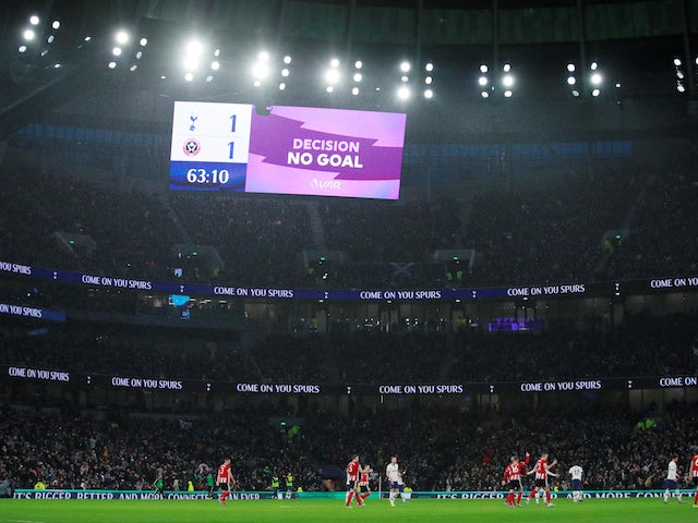 VAR to be used in EFL Cup semi-finals and final