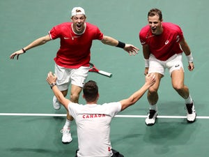 Canada beat Australia to reach Davis Cup semi-finals