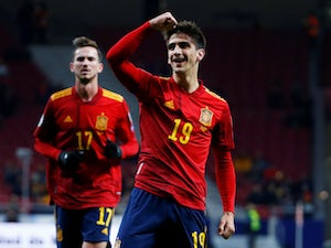 Five-star Spain thrash Romania to secure Euro 2020 top seed
