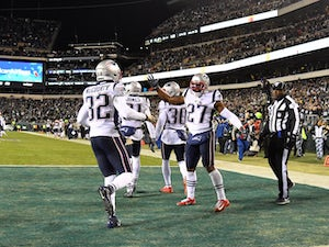 NFL roundup: Patriots battle past Eagles despite Tom Brady struggles
