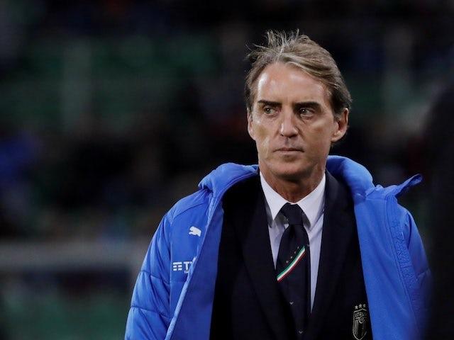 Roberto Mancini urges Italy to