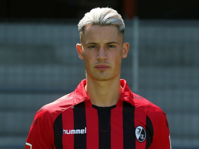 Leeds complete the signing of Robin Koch from Freiburg