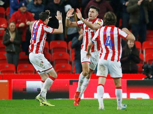 Stoke strike late to earn Wigan win