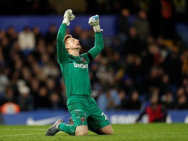 West Ham keeper David Martin celebrates on November 30, 2019