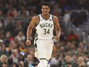 Giannis Antetokounmpo leads Bucks to victory over LeBron James' Lakers