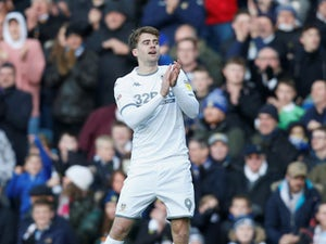 Championship roundup: Impressive Leeds go top of league