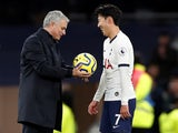Jose Mourinho congratulates Son Heung-min on December 7, 2019