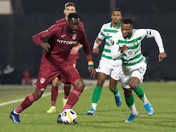 CFR Cluj's Lacina Traore in action with Celtic's Boli Bolingoli-Mbombo on December 12, 2019