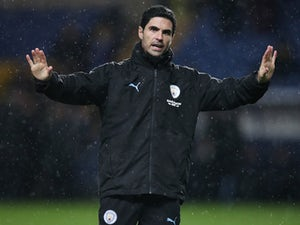Mikel Arteta 'remains in talks with Arsenal over head coach role'