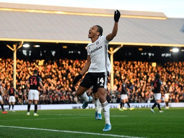 Bobby Reid celebrates scoring for Fulham on December 29, 2019