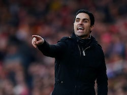 Arsenal manager Mikel Arteta gestures on December 29, 2019