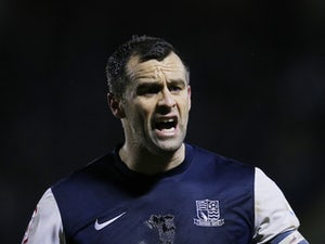 Former Cardiff, Barnsley defender Chris Barker dies aged 39