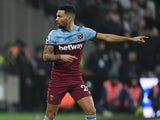 Ryan Fredericks in action for West Ham on January 1, 2019