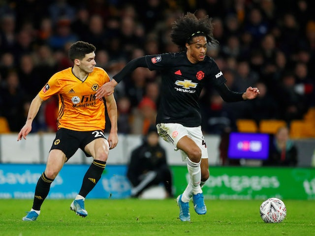 Napoli 'enter race for United youngster Chong'