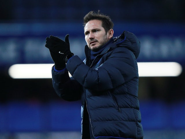 Chelsea manager Frank Lampard applauds on January 11, 2020