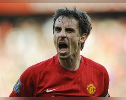Gary Neville names Yorke and Cole as Man Utd's best strike force