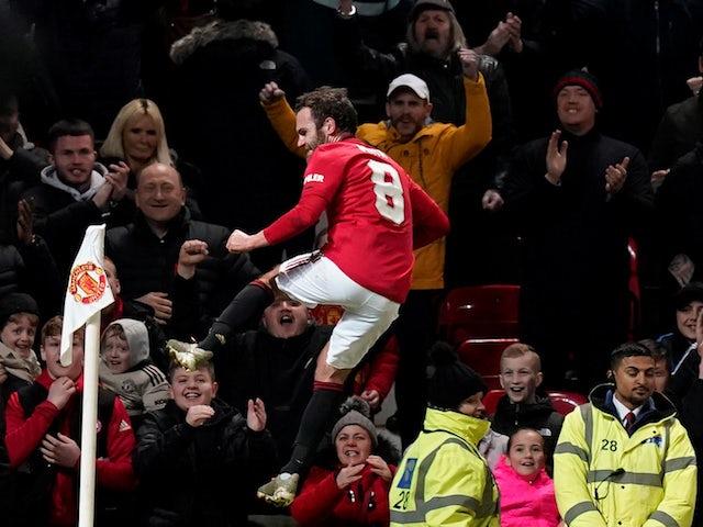 Result: Marcus Rashford suffers injury scare as Man Utd beat Wolves