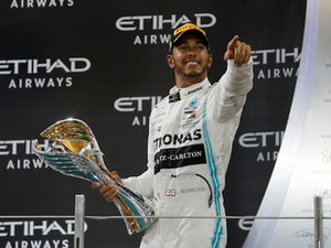 Hamilton wants new $66m per year Mercedes deal