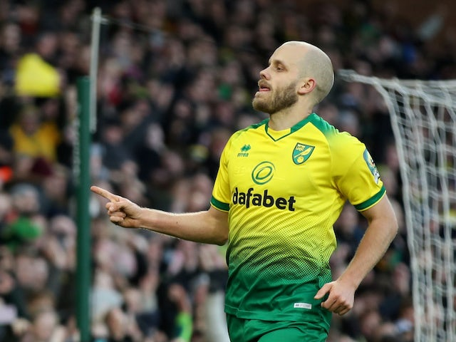 Teemu Pukki celebrates scoring from the spot for Norwich City on January 18, 2020