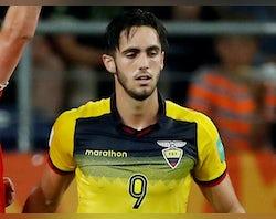 Wolves sign Ecuadorian striker Leonardo Campana