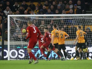 Roberto Firmino keeps Liverpool run going with late winner at Wolves