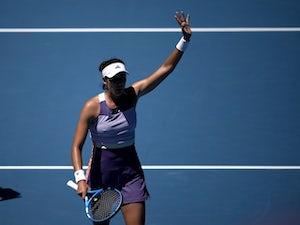 Garbine Muguruza sets up Simona Halep semi-final