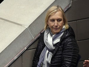 Martina Navratilova apologises after Aussie Open protest against Margaret Court