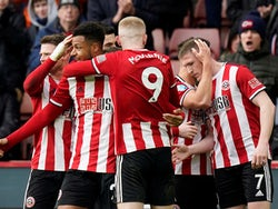 Sheffield United's John Lundstram celebrates scoring their second goal with teammates on February 9, 2020