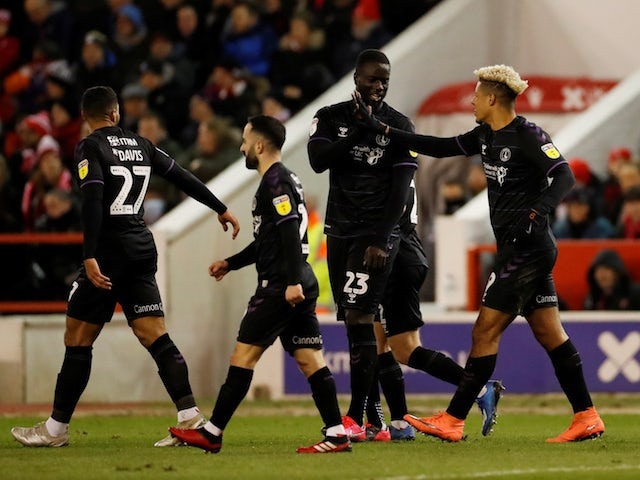 Charlton's Lyle Taylor celebrates after scoring their first goal with teammates on February 11, 2020