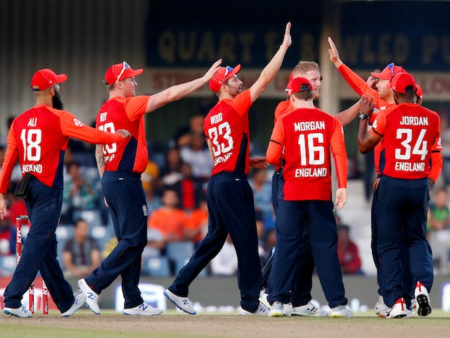 England set 178 to win opening T20 against South Africa