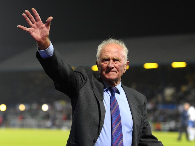Manchester United legend Harry Gregg dies aged 87
