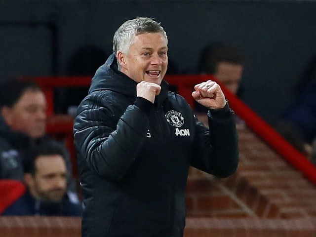 Solskjaer full of praise for Fernandes and Ighalo as United demolish Brugge