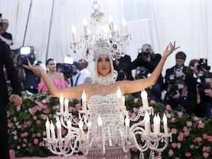 Katy Perry defends under-fire Ellen DeGeneres