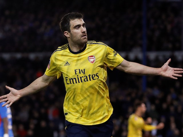 Liverpool 'make contact with Sokratis'