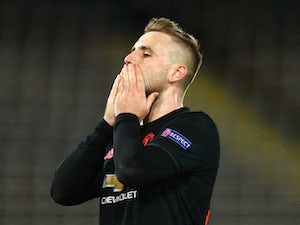 Shaw calls for Premier League season to be scrapped