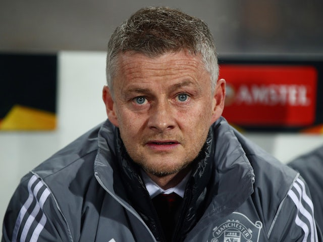 Ole Gunnar Solskjaer urges players to 'make a difference' in coronavirus fight