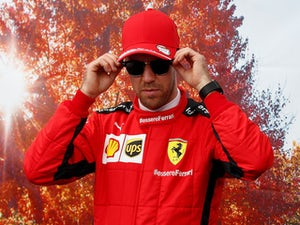 Carey wants F1 'hero' Vettel to stay