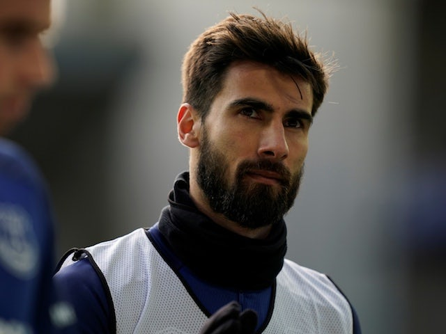 Everton 'open to selling Andre Gomes this summer'