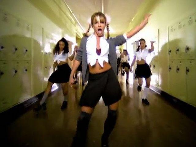 Self-isolating Britney Spears: