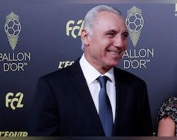 Stoichkov calls for Barcelona to be awarded La Liga title