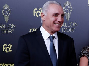 Stoichkov calls for Barcelona to be awarded La Liga title
