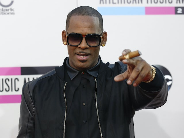 R Kelly 'accused of sexually abusing 17-year-old boy'